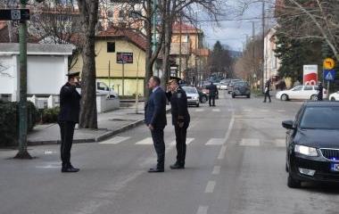 MINISTAR UNUTRAŠNJIH POSLOVA URUČIO NOVA SLUŽBENA VOZILA POLICIJSKOJ UPRAVI II U VISOKOM
